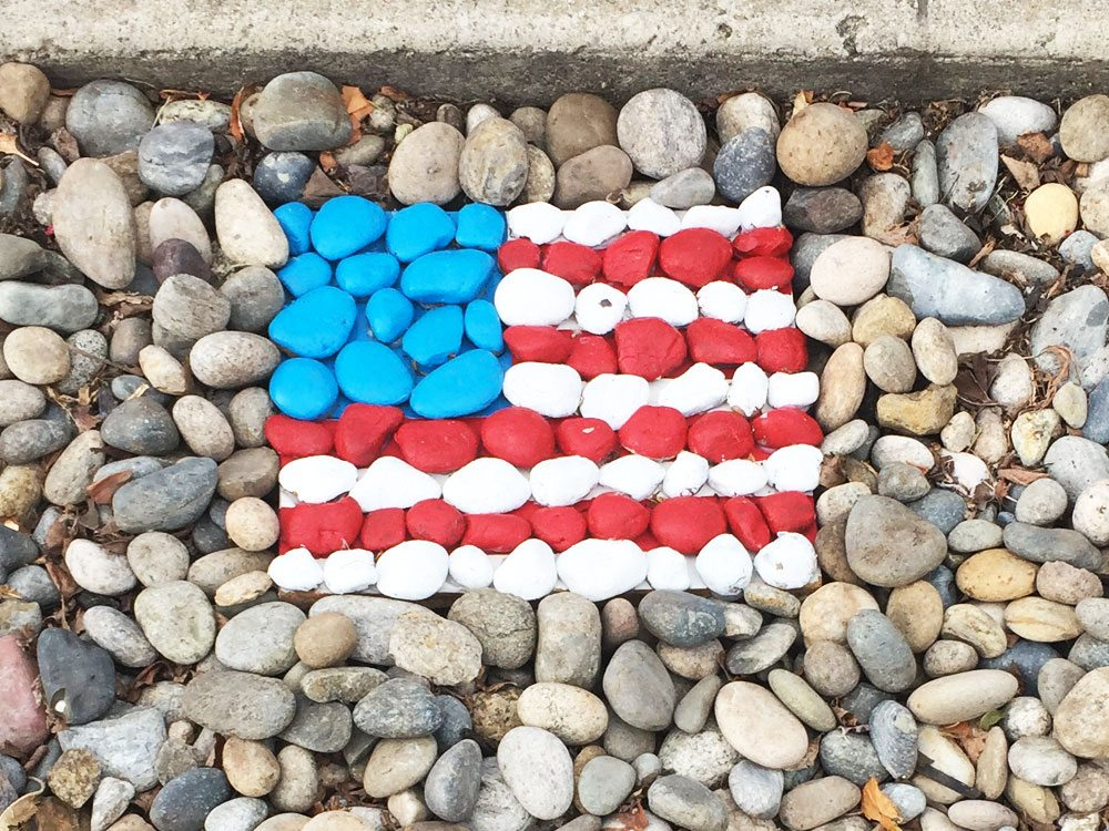 American Flag Inspired Rock Garden Art TINSELBOX
