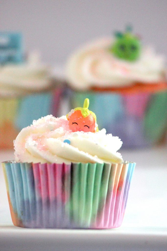 Easy DIY Shopkins Cupcakes using real Shopkins