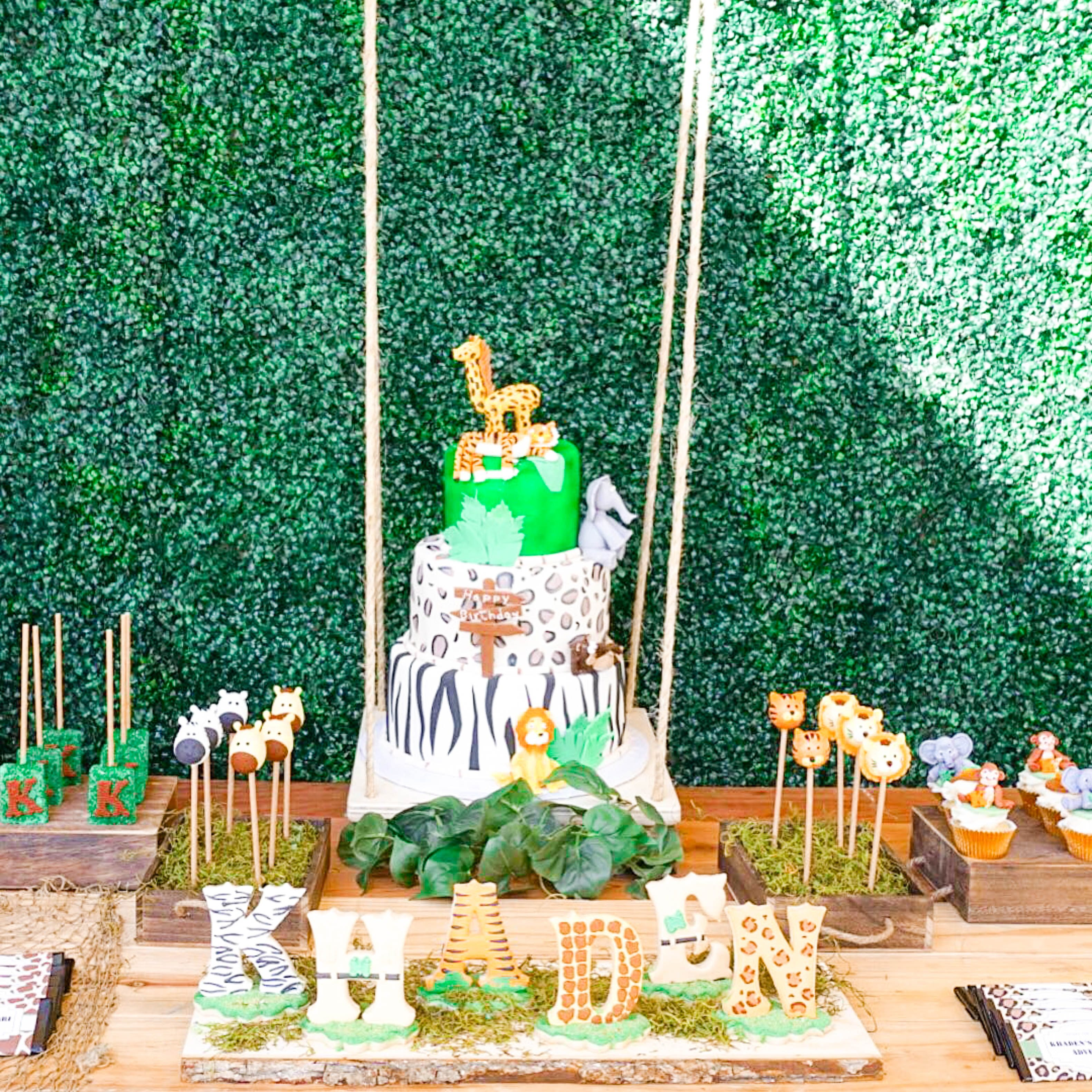 Wild Jungle Safari Birthday Party Theme