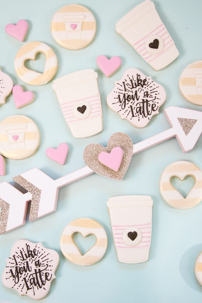 These decorated sugar cookies are so cute for Valentines or your girlfriends! I Like you a Latte Decorated Sugar Cookies! #sugarcookies #valentines #latte
